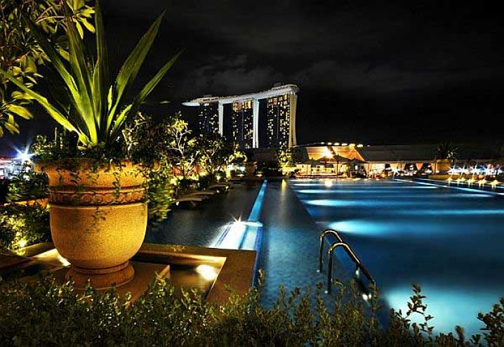 Top 15 amazing rooftop pools around the world ultimate - Rooftop swimming pool in singapore ...