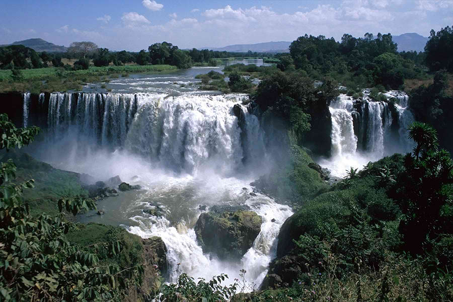 World's Amazing Waterfalls