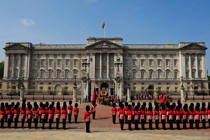 Royal Palaces Around The World