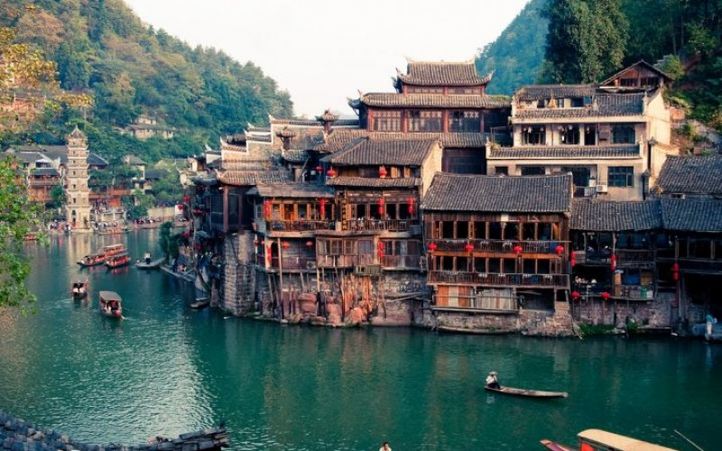 18 Beautiful Places to See In China