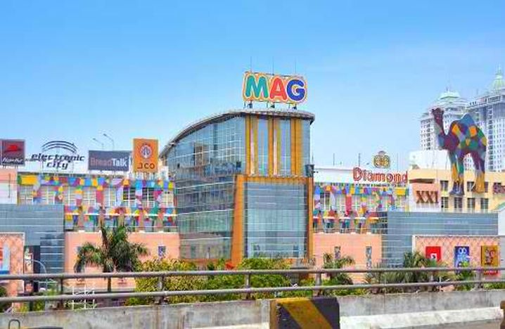 one of the largest malls