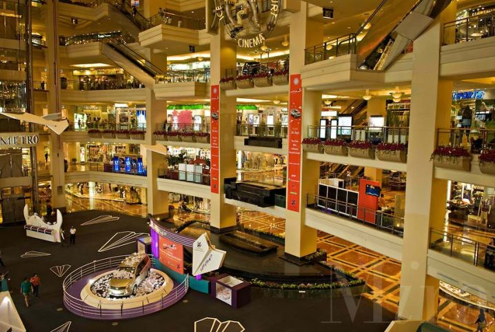 largest shopping mall in Indonesia