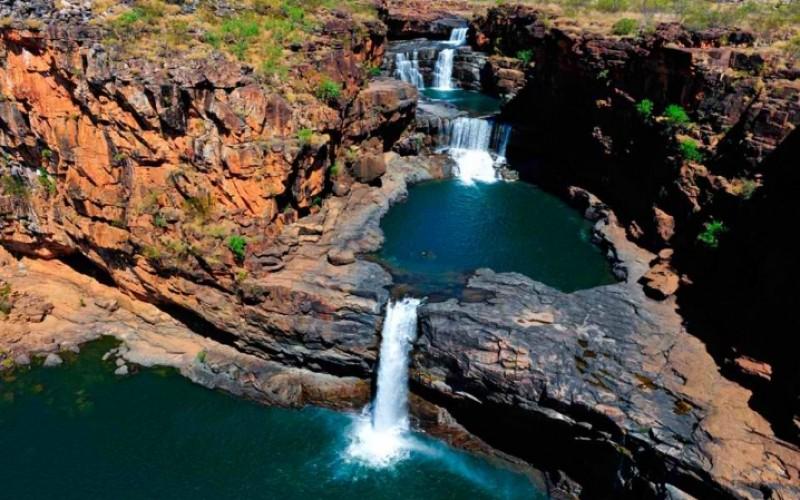 50 Breathtaking Waterfalls Around the World [Part 1]