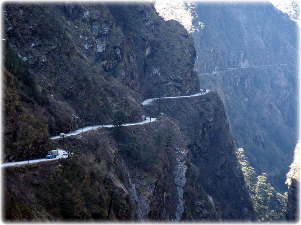 Dangerous Himalayan roads