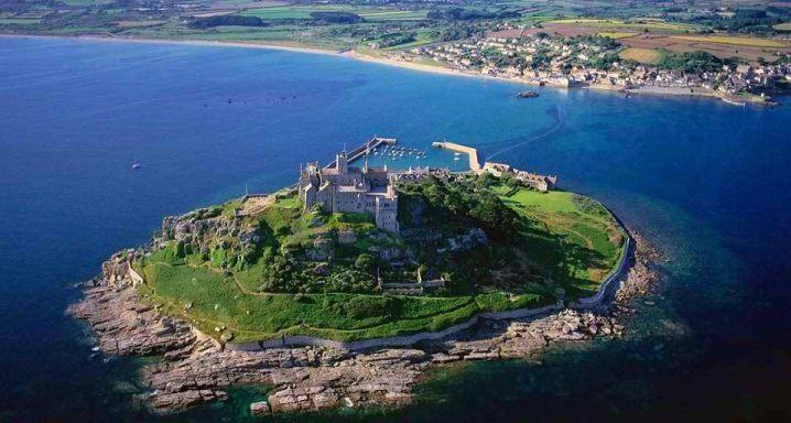 famous landmark of Cornwall